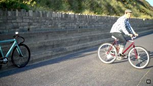 Vidéo explicative how to skid on a fixed gear with straps