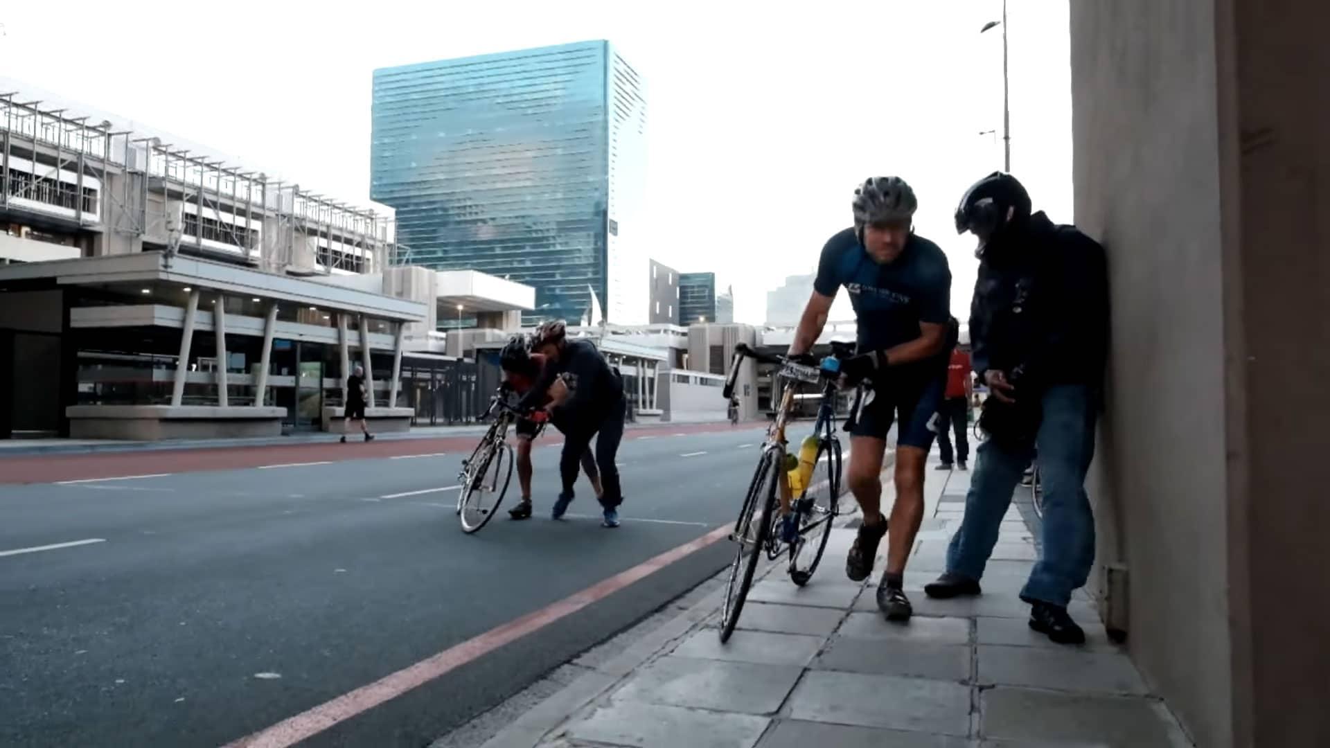 Vidéo du Cape Town Cycle Tour annulé a cause du vent
