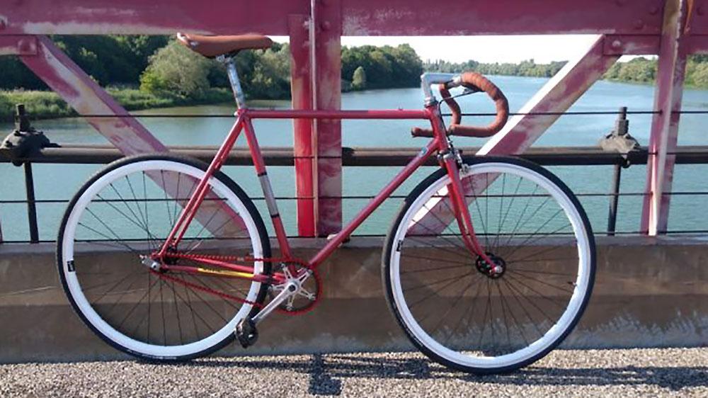 Fixie d'un internaute sur la base d'un vélo de course  Vitus 788
