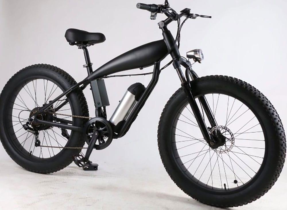Le vélo électrique Vélobecane Road au look de moto