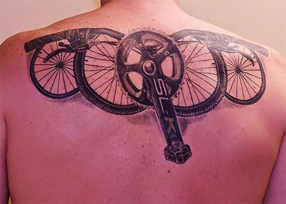 Les fans de fixie et de tatouages en photos, on adore !