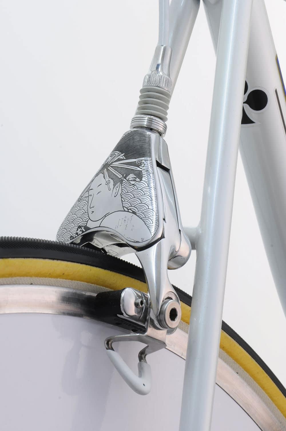 Vintage Luxury Bicycles redesign d'ancien vélo à l'aide de l'art japonais