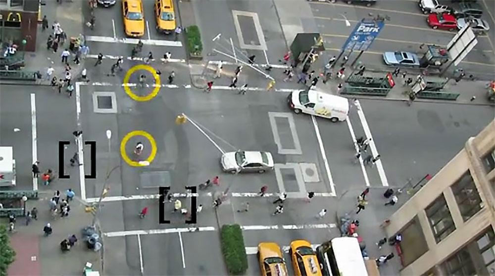 Vidéo impressionnante de vélos dans 3 Way Street from New York