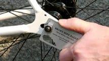 Broke Bike Alley propose une carte de visite vélo originale