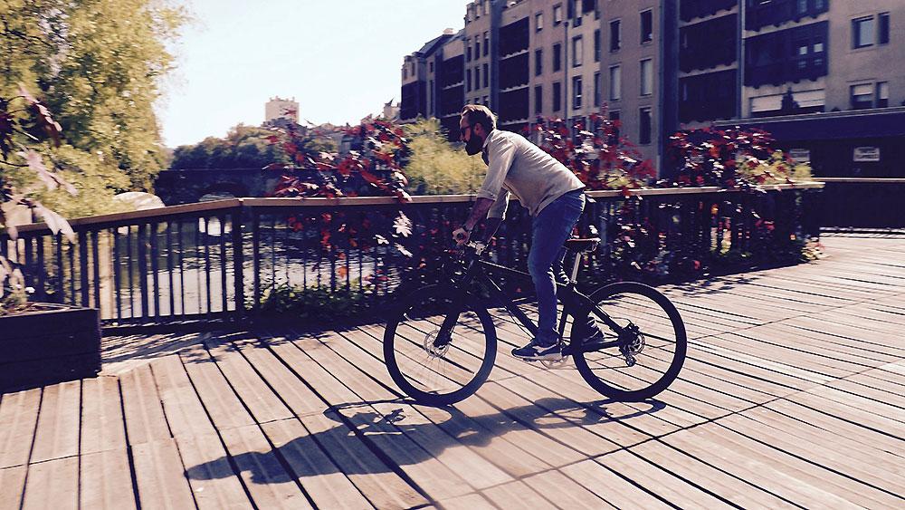 """Le vélo électrique urbain """"Le Jamais Content"""" d'Aleirion"""