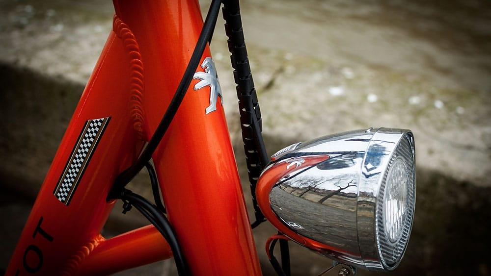 Test du nouveau vélo électrique urbain Peugeot eLC01