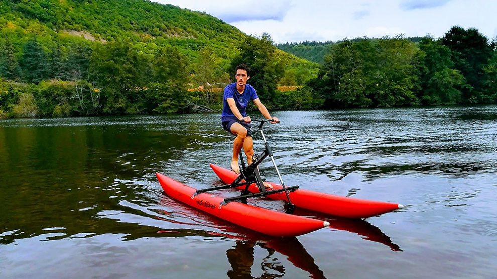 Le waterbike est un vélo sur l'eau !