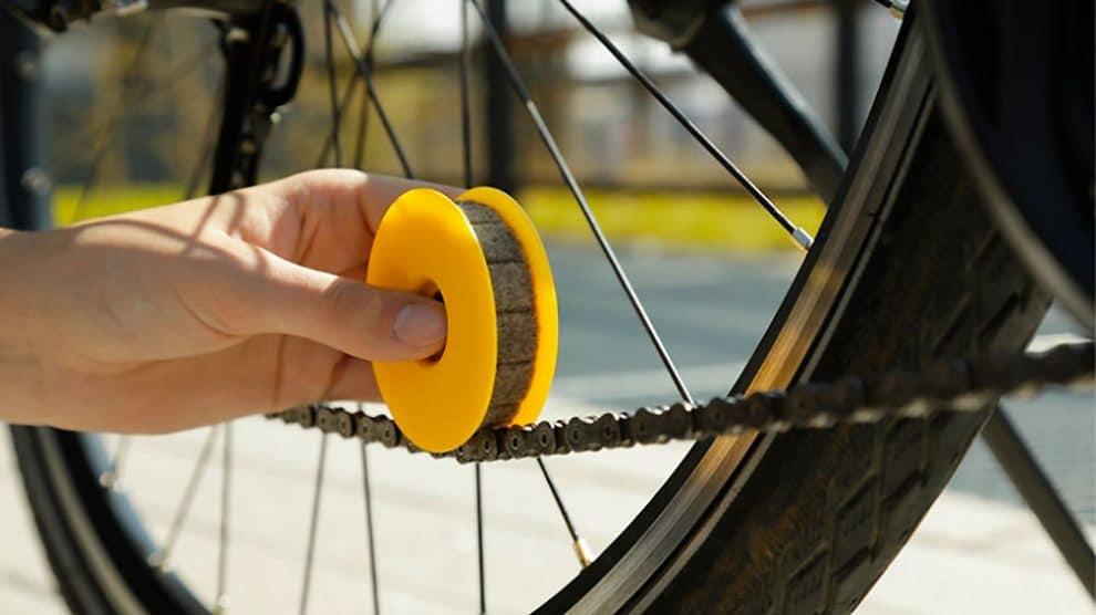 Lubri Disc, un accessoire qui nettoie votre chaîne de vélo