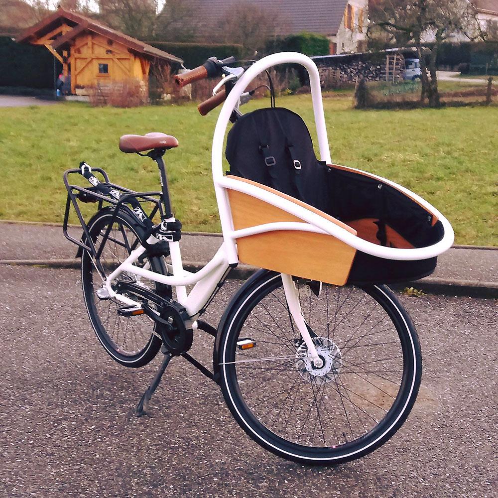 Vélo ville electrique cargo Oklö, un vélo compact et robuste