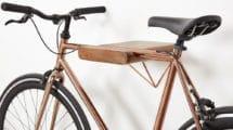 Porte-vélo mural Dayde en bois et cuivre