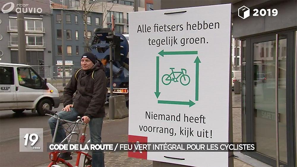 Le feu vert intégral pour les deux-roues adopté en Belgique