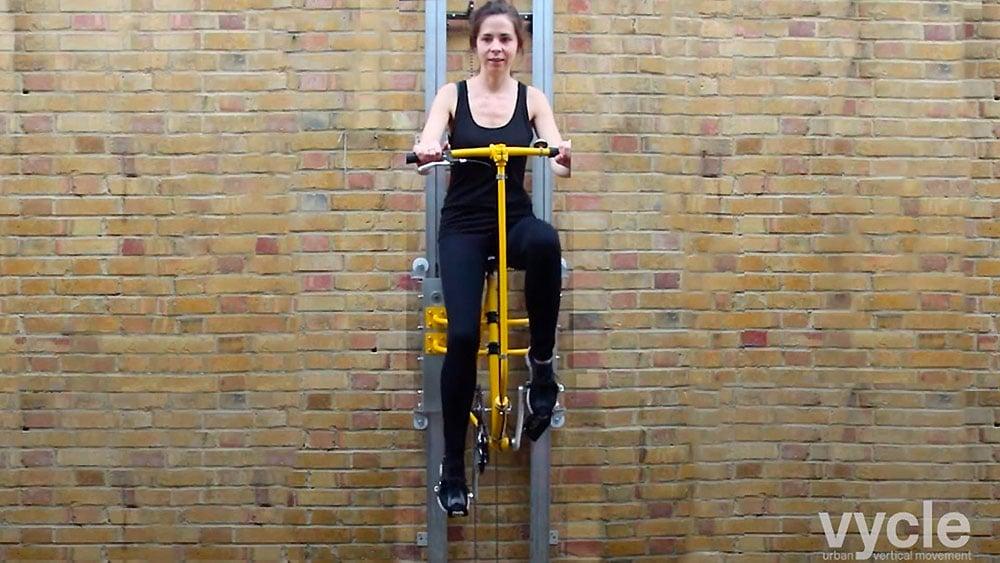 L'ascenseur vélo vertical, ingénieux et écolo