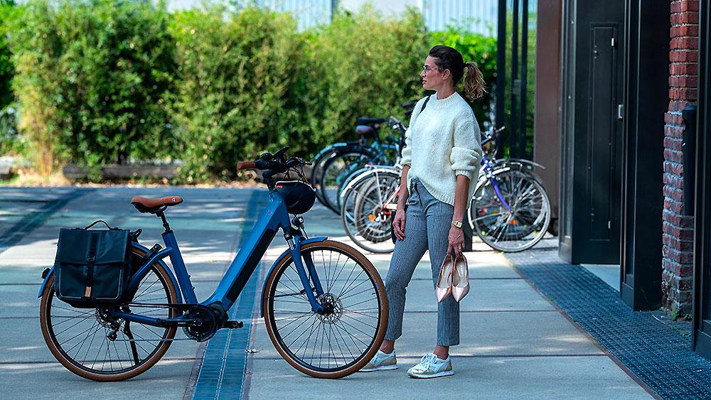 Test du vélo urbain électrique O2Feel iSwan N8