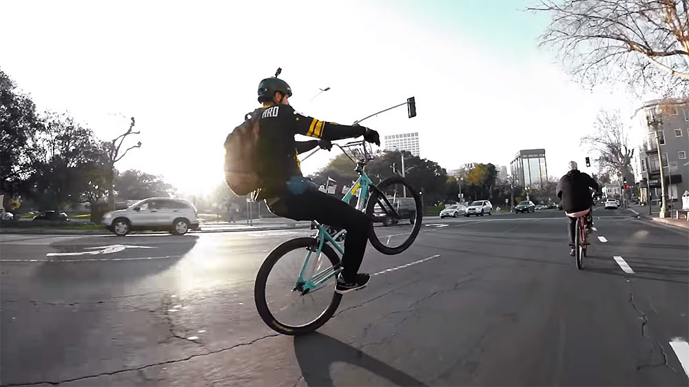 Vidéo Wheelie ride out Oakland
