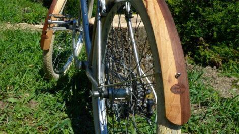 Les nouveaux garde-boues en bois