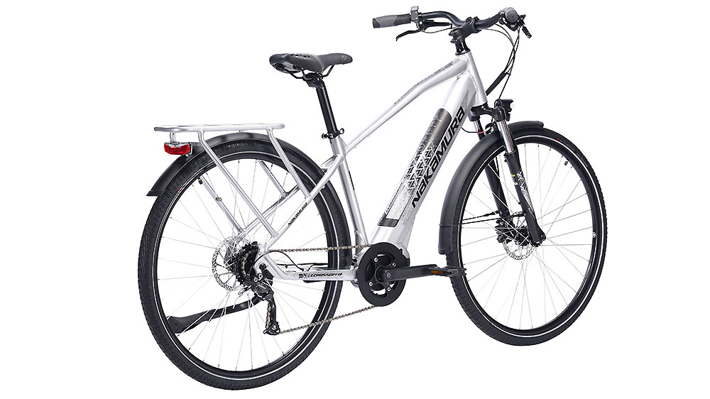Vélo E-Crossover Style Nakamura de chez Intersport